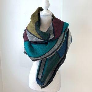 BCBGMaxAzria Geometric Print Blanket Scarf/Wrap